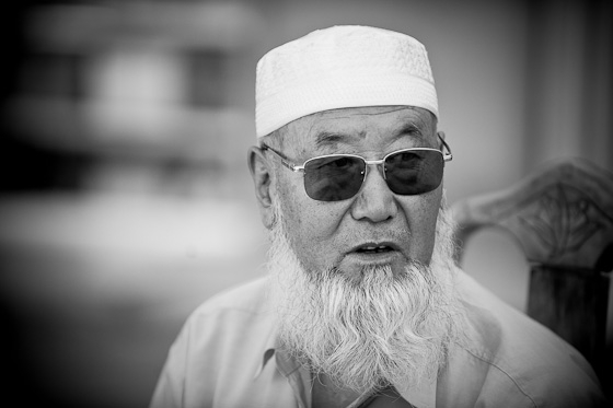Chinese_Muslims_Ramadan_Brian_Hirschy_Photography-88-of-103